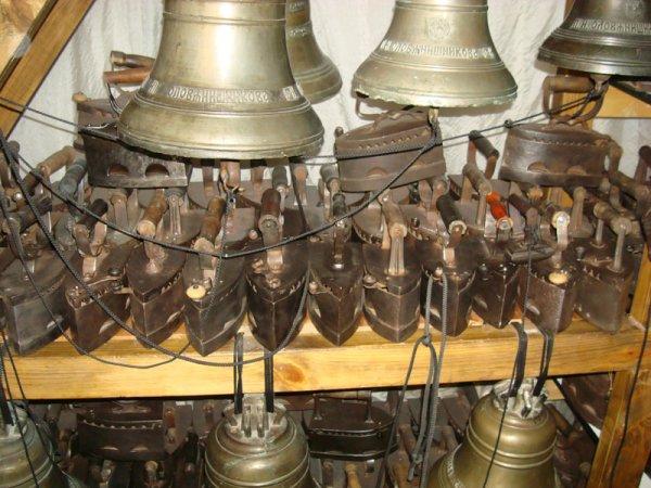 Музей Музыка и время. Коллекция старинных утюгов